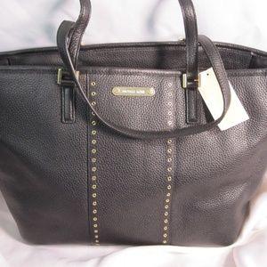 Michael Kors Grommet Carryall Leather Tote $358